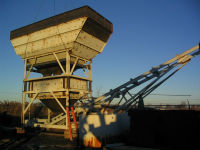 Installation of industrial bin, conveyor and scale